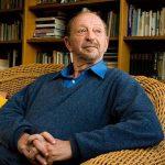 Moacyr Scliar , médico e escritor