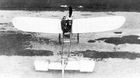 O Primeiro avião em Porto Alegre